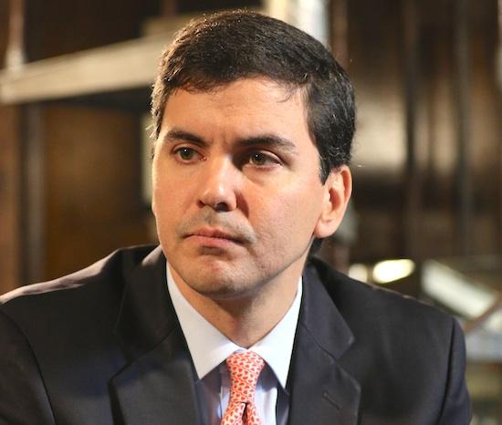 La Nación / Santi Peña insta a tomar medidas económicas antes que sea tarde