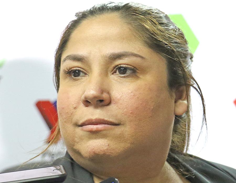 La Nación / Patricia Samudio dejó Petropar tras escándalo de agua tónica